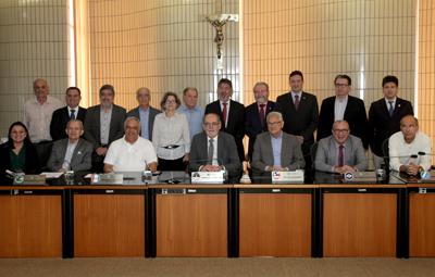 Diretores do CFM e o novo grupo estará à frente dos CRMs por 20 meses