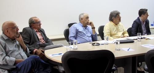 Gil Simões (à esquerda) ficou assustado com casos de sífilis congênita encontrados em maternidade carioca
