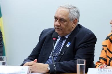 Emmanuel Fortes defendeu maior fiscalização após venda do medicamento
